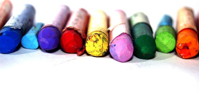 crayons-1024x681